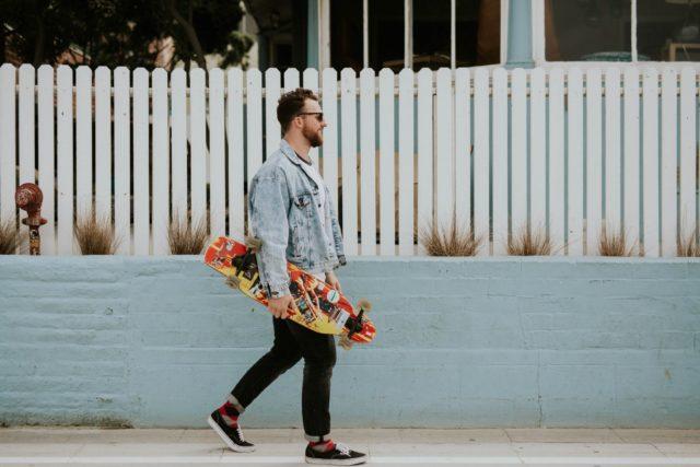 Skateboard Walk